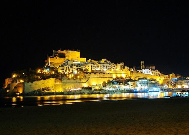 Vista Nocturna Castillo Papa Luna  Peñíscola