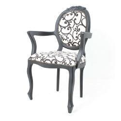Cadeira Medalhão Entalhada C/braço C/t Laca Preta Linho 09c - R$ 1.732,00 em Mercado Livre