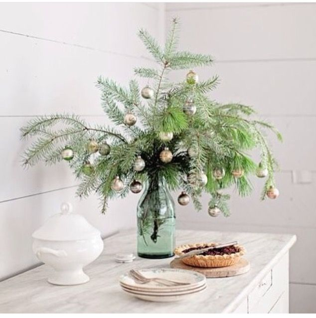 Simple natural decor for Christmas