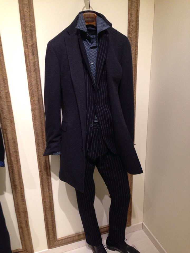 Jersey formal blue suit by Montezemolo
