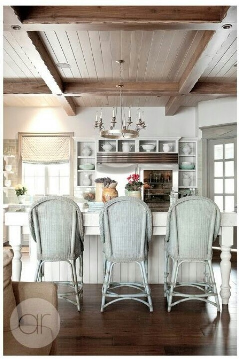 Wicker chair style counter height stools