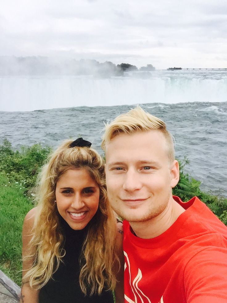 Niagara Falls selfie with my love <3