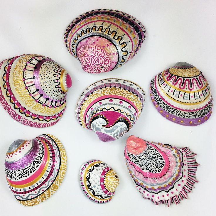 Crafts & Repurposing •~• painted shells