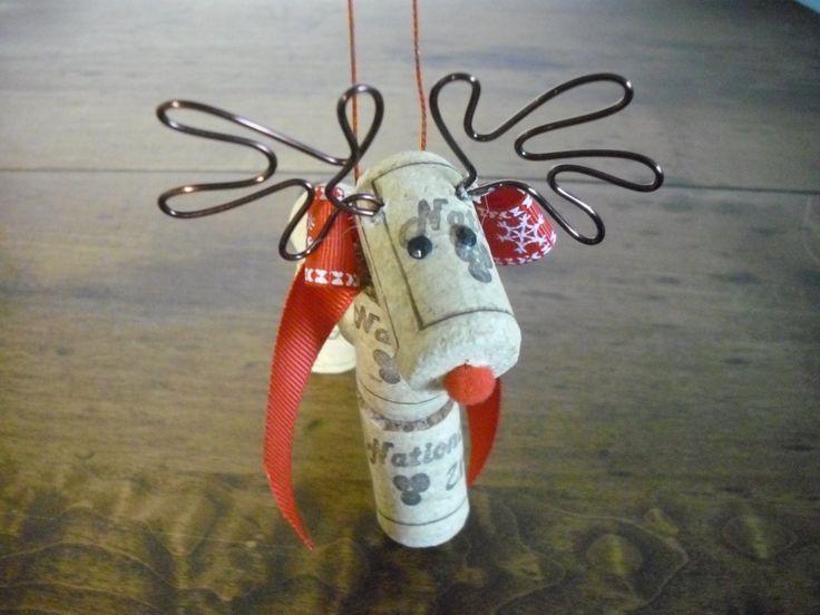 Ornement de Noël renne par WineCountryCrafters sur Etsy