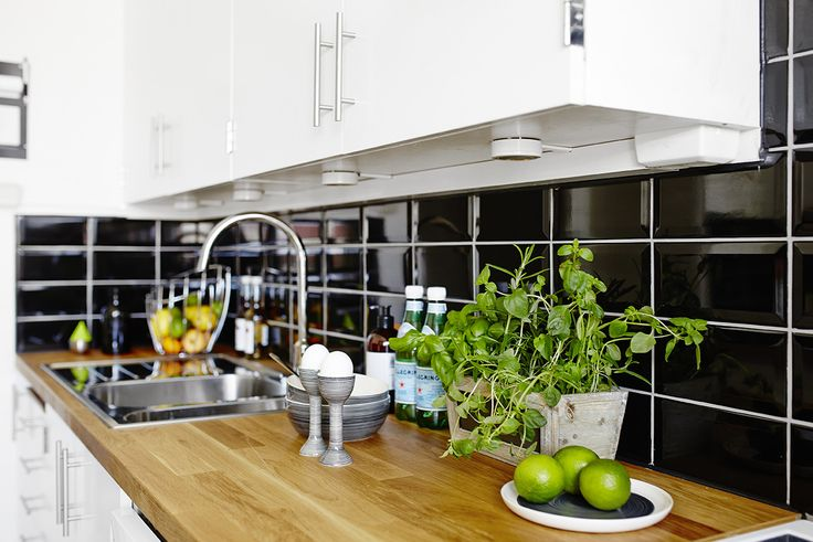 Bostäder | Västanhem – Making plain kitchen look more interesting