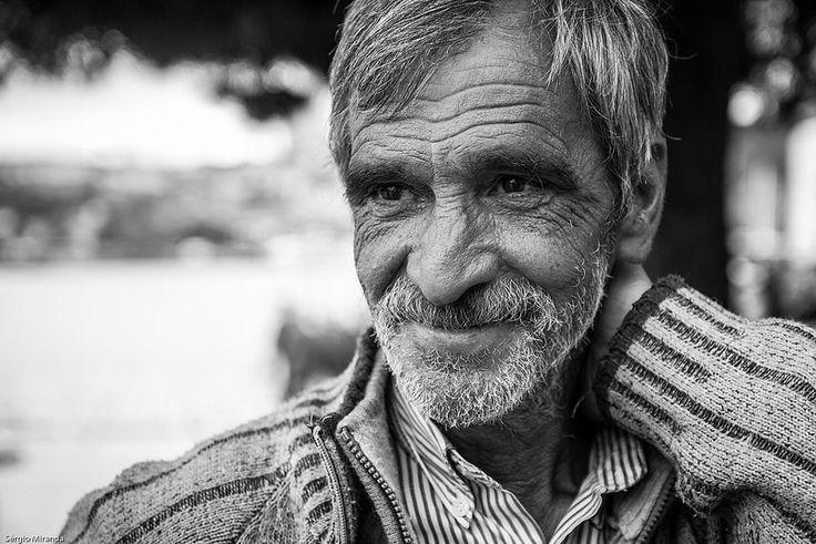 PORTRÄTTSFOTOGRAFERING VAD GÖR ETT BRA PORTRÄTT? DET FINNS INGA BENHÅRDA REGLER MEN DU KAN FÅ NÅGRA ANVÄNDBARA TIPS