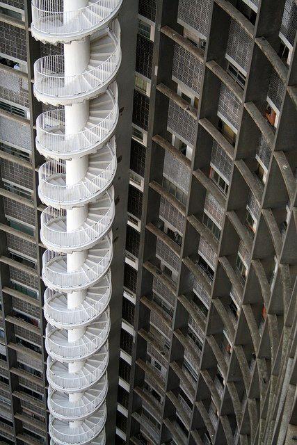 Anyone up for a serious case of vertigo?   Oscar Niemeyer  #architecture ☮k☮