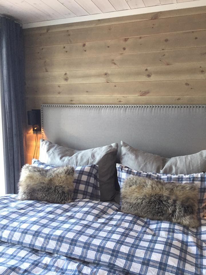 Bedroom with diy headboard @nordisk_stil Instagram