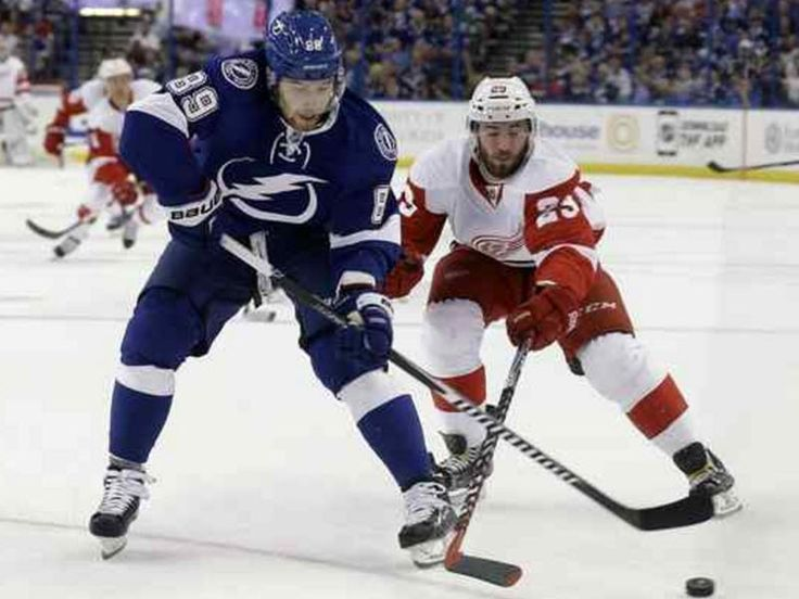 The Tampa Bay Lightning sent Nikita Nesterov to the Montreal Canadiens in exchange for Jonathan Racine and a sixth round pick in 2017.