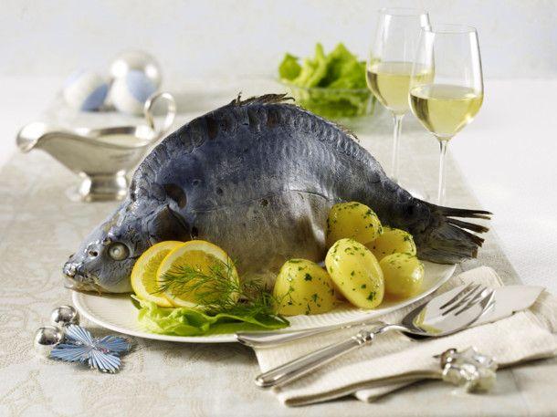 Unser beliebtes Rezept für Karpfen blau mit Petersilienkartoffeln und mehr als 55.000 weitere kostenlose Rezepte auf LECKER.de.