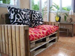 Schritt für Schritt Anleitungen und Pläne , wie man ein Sofa mit Paletten leicht