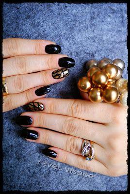 Black elegance http://revelvisage.blogspot.com/2013/12/black-elegance.html
