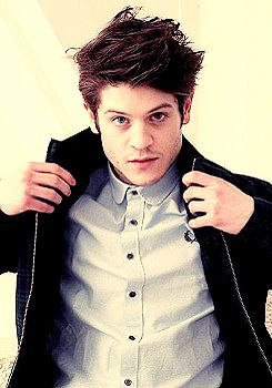 Iwan Rheon - LOVE this guy! Handsome as hell and super cute. Ah, what a great catch!