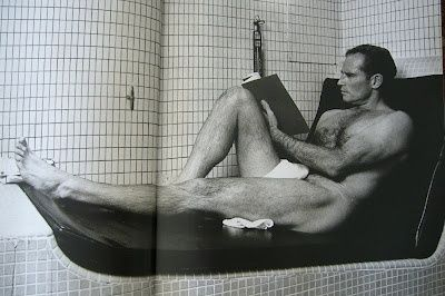Charlton Heston all dressed up in his fancy, schmancy birthday suit; the way mankind was intended to read.