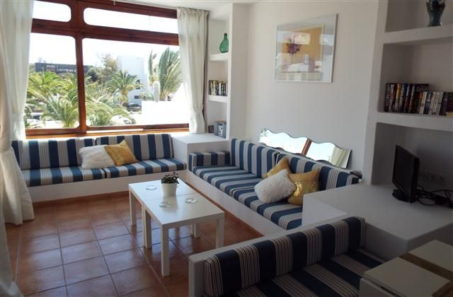 Holiday Apartment in Costa Teguise, Los Molinos, Lanzarote with beach/lake nearby, balcony/terrace