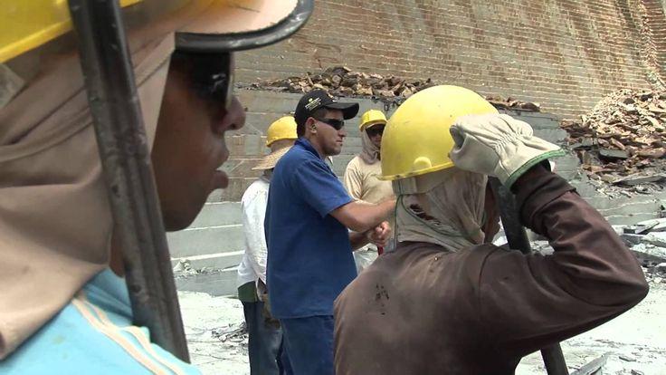 Бразильский сланец, один день из жизни простого человека, работающего на каменоломне