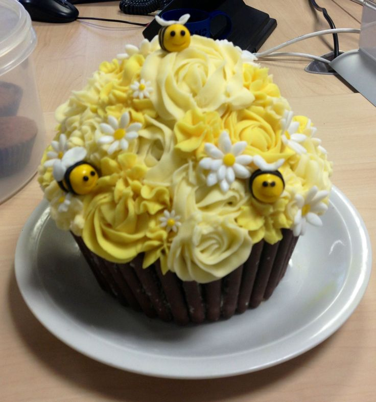 Bumble bee giant cupcake I made for charity