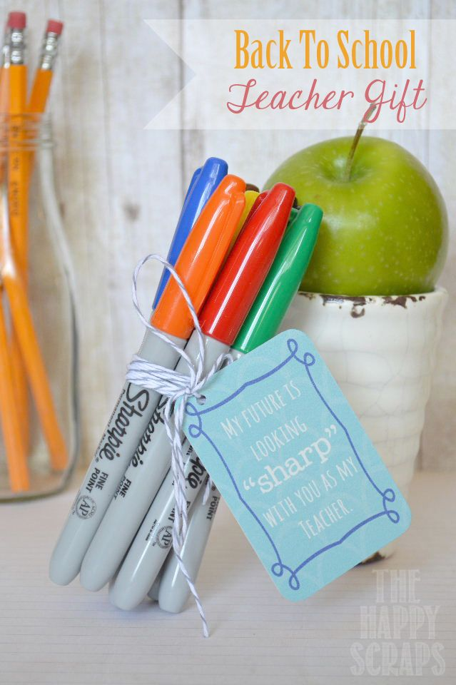 """Back to School Teacher Gifts """"My future is looking sharp with you as my teacher!"""" free printable"""