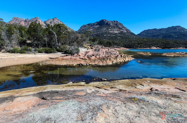 Discover Australia - Honeymoon Bay in Freycinet National Park, Tasmania