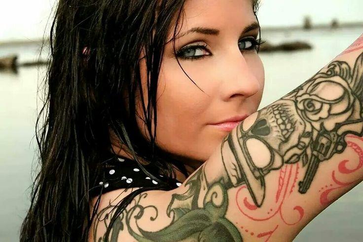 Amber McCowin tattoo model