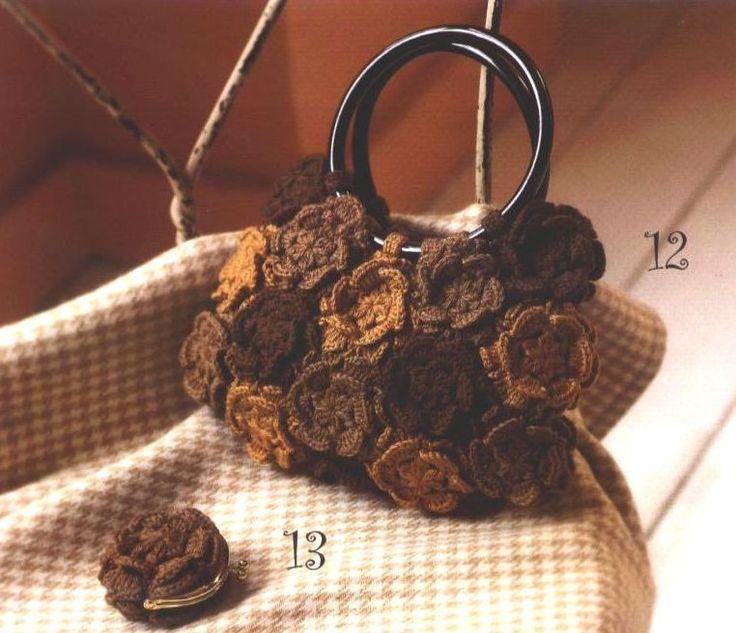 صور شنط كروشيه بالباترون طريقة عمل حقائب حريمي شيك بالباترون Crochet Bags Purses Flower Bag Crochet Handbags