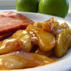 Maçãs caramelizadas @ http://allrecipes.com.br