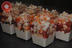 Pour un sympathique apéritif, testez ces délicieuses et toutes simples verrines mousse de thon, tomates et surimi. #recette #facile #kimaya #cuisine #apero #apéro #délicieux #frais #été #recevoir #réception #verrine #fête #repas #bon