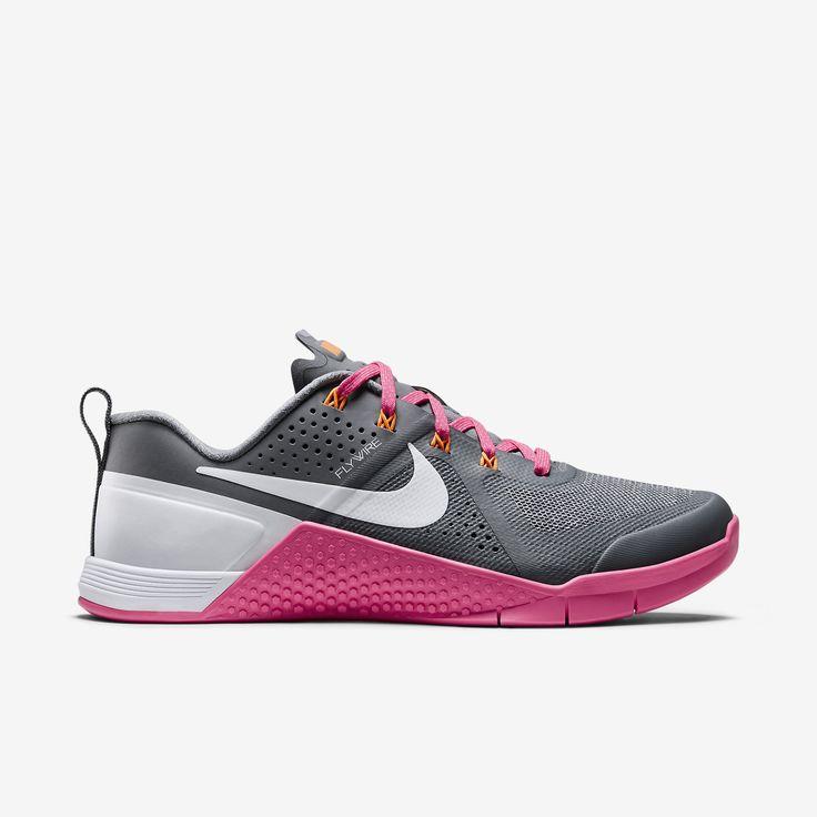 E Shoes Nike