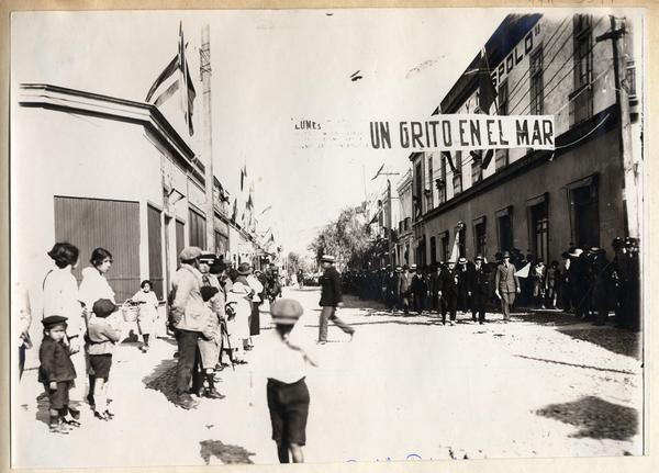 [Desfile patriótico en Arica]