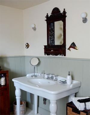 Bold Vision - En-suite Bathroom detail