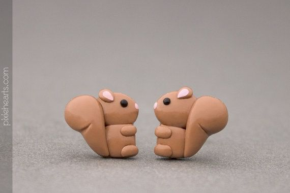 Squirrel Earrings  Cute Woodland Creatures  Polymer por PixieHearts, $30.50