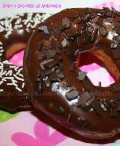 Donuts ciambelle dolci e dolcetti di antonella