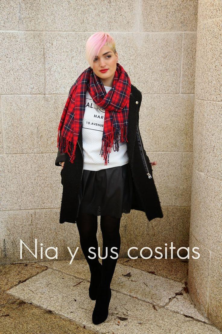 Nia y sus cositas: OUTFITS SAN VALENTÍN ROCKERO- ESTAMPADO TARTÁN newdress falda cuero primark maxicollar botines pretty romwe abrigo negro dresslink bufanda de punto