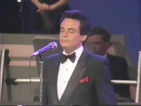 Jose Jose - El amor acaba (Acapulco Mexico 1985)
