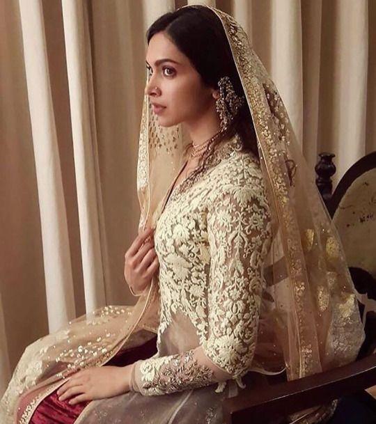 Deepika Padukone (Desi Bridal Shaadi Indian Pakistani ...