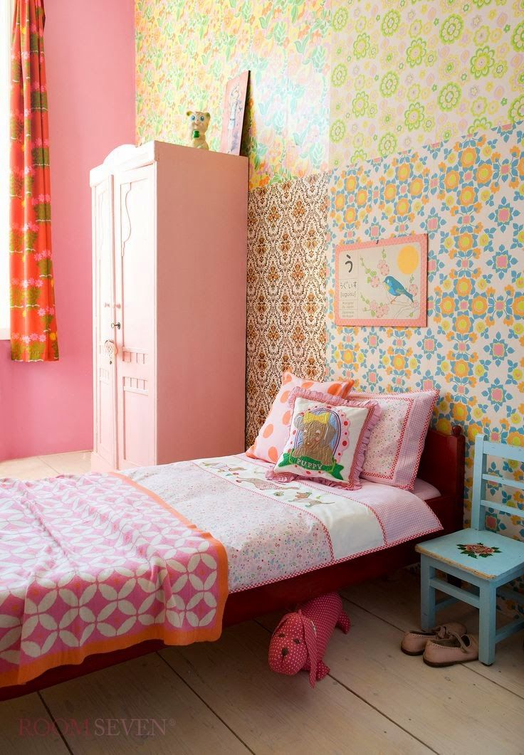 Pink Girls Bedroom Set: 25+ Best Ideas About Kids Room Wallpaper On Pinterest