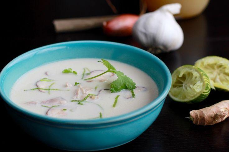Une recette inratable de Soupe Tom Kha Kaï au Thermomix sur Yummix • Le blog dédié au Thermomix !