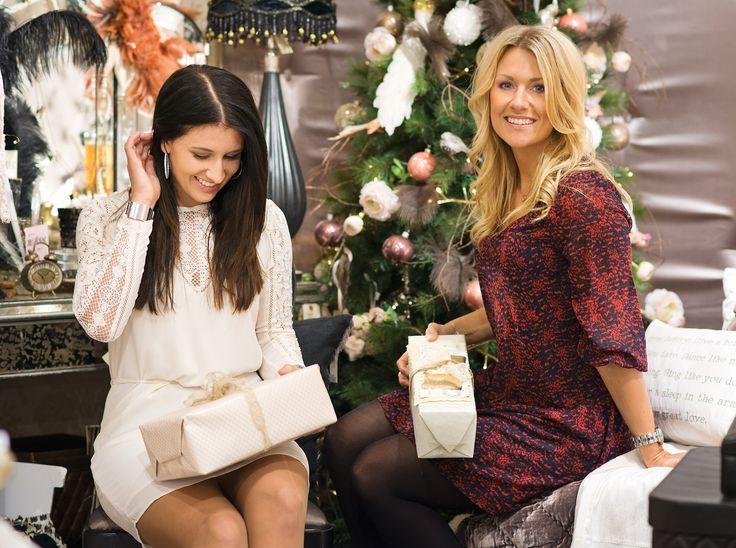 Julfina klänningar!    Christmas white lace dress outfit inspiration for fall & winter #ootd    www.mandeldesign.se