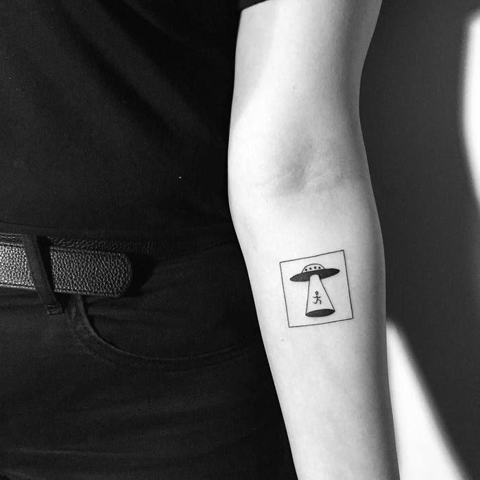 Minimalist UFO Tattoo by Yi Stropky