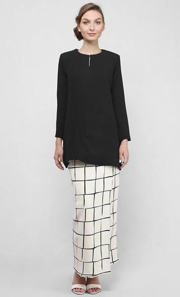 Arabella Kurung Modern in Black