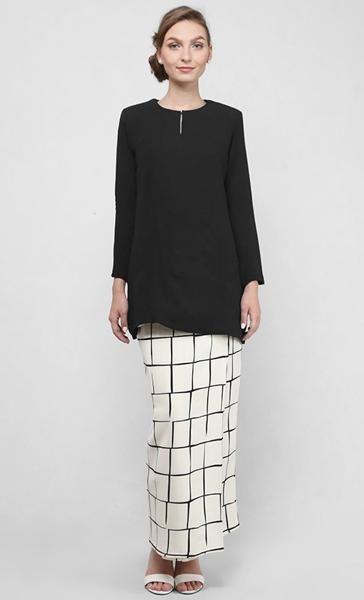 Arabella Kurung Modern in Black