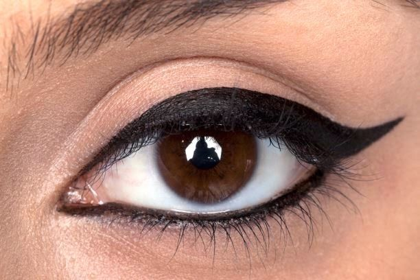 eniaftos: Homemade Natural Eyeliner