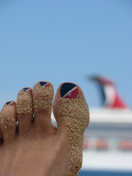 Before you set sail, don't forget your Carnival Pedi :) (via cruisecritic.com) I could so do this and surly would if I win a trip. In fact I'd wear it for a year or more.