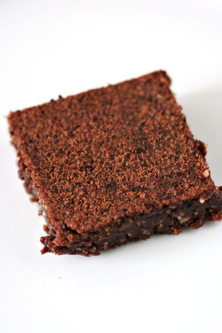 flourless peanut butter chocolate brownies