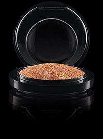 MAC Cosmetics: Mineralize Skinfinish in Gold Deposit
