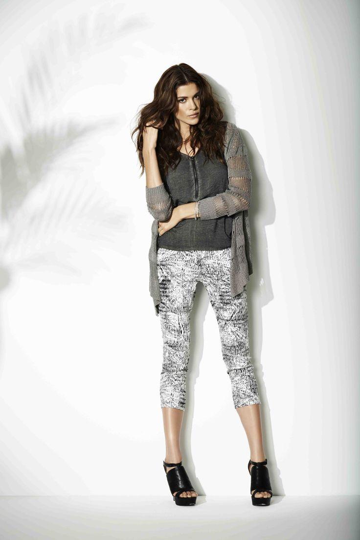 soyaconcept - blouse - cardigan - printet pants