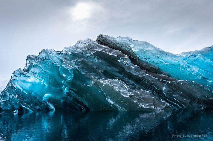 http://mashable.com/2015/01/17/photographer-antarctica/?utm_cid=mash-com-Tw-main-link#T7DqTvnIiqqw