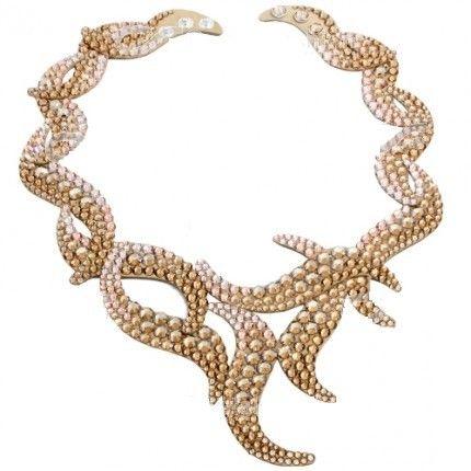 Colier cu cristale culoarea sampaniei http://www.bijuteriifrumoase.ro/cumpara/colier-cristale-dancing-wave-necklace-1809