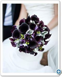 bruidsboeket-donker-paarse-calla