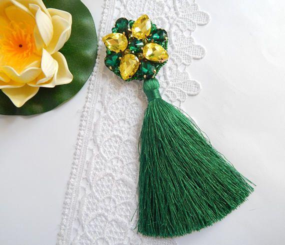Tassel brooch Handmade brooch Green brooch Summer jewelry #tassel brooch #tassel jewelry #summer jewelry